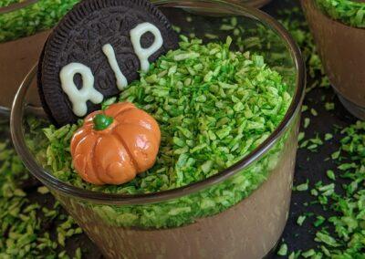 Spiselige Gravpladser Begravet i Chokolade Mousse