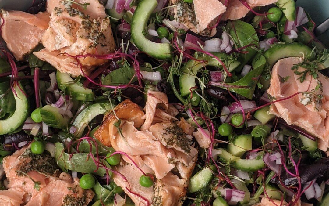 Grøn Salat M. Dild Marineret Laks & Senneps Dressing