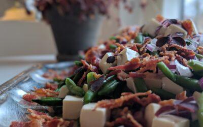 Bønne Salat Med Bacon, Feta & Rødløg
