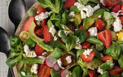 Grøn Sommer Salat M. Jordbær, Radiser & Avocado